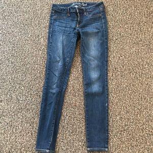American Eagle skinny jegging/jeans